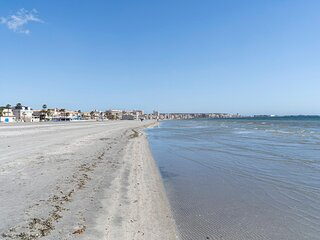 Amazing apartment in Santa Pola with WiFi and 3 Bedrooms (EBI407)