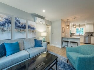 Grove Park Townhomes 201 | Luxury Living Just 1 Mile from Grove Park Inn!