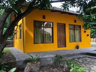 Casita Mango Lakefront Family house at Casa Única