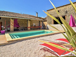 Stunning home in Saint-Gervais with Outdoor swimming pool and 3 Bedrooms (FLG585