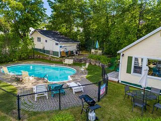 Location,Location, Location! Weirs Beach Cabin