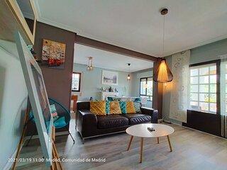 Chalet con 5 dormitorios, Piscina