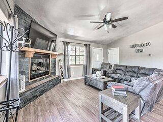 NEW! Elegant Ruidoso Cabin w/ Mtn View + Game Room