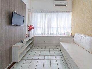 MRC605 Excelente flat na melhor localização da praia de Boa Viagem.