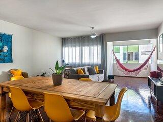 SAL802 Excelente apartamento em Boa Viagem. Três quartos no melhor local da prai