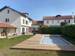 Maison Piscine Terrasse, Jardin 4 chambres 8p