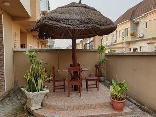 LUXURY 4-BED ROOMS  HOUSE  IN LEKKI  LAGOS NIGERIA