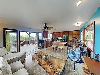 Kalapana Seaview Estates | Main Home & Guest Suite | Near Black Sand Beach