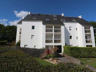 Appartement de type 2 au 1er étage avec jolie vue sur l'Anse de Penfoul