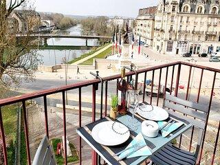 Poeme - Appartement cosy avec vue sur la Meuse