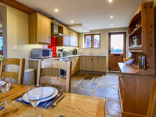 Owl's End Barn - Bidford-on-Avon sleeps 5 guests  in 2 bedrooms