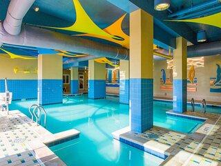 City View 1 BR Unit. Pool! Parking!