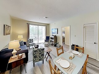 Pointe of View at Sandestin® | Top Floor | Balcony, Pool & Walkable Locale