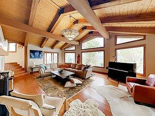 Ridgetop Manor | Stunning Mountain Views | Pool, Hot Tub & Outdoor Fireplace