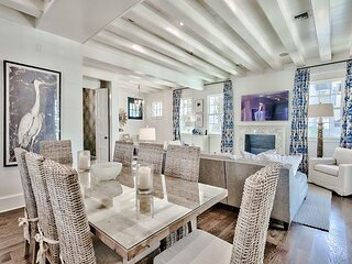 Blue Heron Cottage & Carriage House— Luxurious beachy elegance at its best