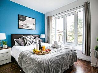 CentralMK - 6 Bedroom 2.5 Bath House - Sleeps 12