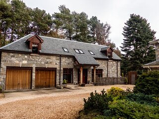 Red Squirrel Lodge
