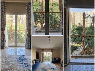Cozy superior studio in Hyde park compound
