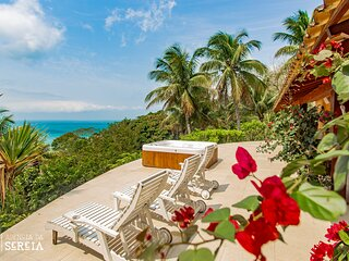 Casa espetacular com spa e vista para o mar na Praia do Pacuíba