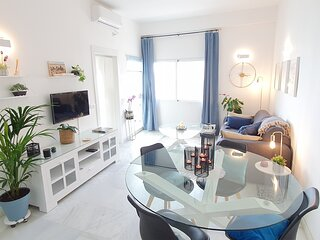 Lovely 1 Bed Apartment with Wi-Fi + Sea Views in Skol Marbella