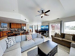 Central Home | Large Deck, Morro Rock Views | Walk to Wharf & Downtown Dining