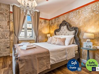 Plaza Marchi Old Town - MAG-Superior Queen Room