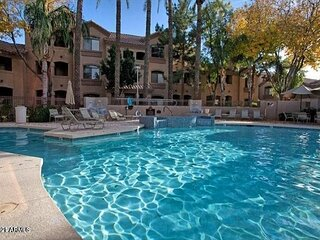 Newly Furnished Condo in Highly Desired Signature Complex of North Scottsdale