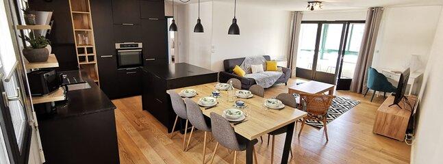 Appartement rénové- Hypercentre - au calme - 3 Ch, holiday rental in Meucon