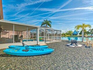 NEW! Bright Beach House w/ Kayaks, 2 Mi to Ocean!