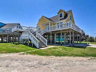 NEW! Quaint Beach House w/ Ocean-View Deck & BBQ!