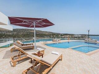 Superb Villa Persa 2 over Loutraki Bay-4 bedrooms!