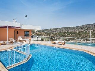 Superb Villa Persa 1 over Loutraki Bay-4 bedrooms!