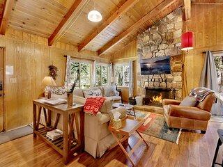 Marin Getaway Ultra Convenient Village Chalet / Streaming TV / Walk To Lake/Shop