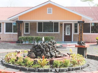 Close to ocean - 1750 sq ft Home with 4 Bedrooms 4 Baths