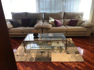 Compostela Sur. Bonito cómodo y equipado apartamento