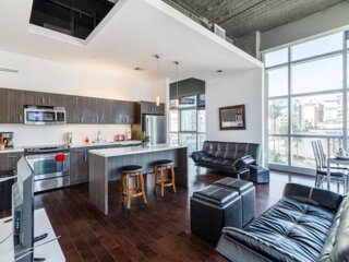 Modern 1BR Apartment near Hollywood Walk of Fame HQ- - w/ FREE PARKING