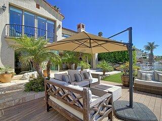 Large Ventura Keys Waterfront Home
