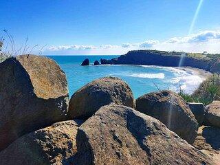 LES AGATHES +  A 150 m  de la mer au calme avec acces a la plage