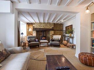 Browns Cottage, Charlbury sleeps 5 guests  in 3 bedrooms