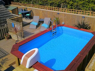 WOOLACOMBE LITTLE QUEST | 1 Bedroom - A fresh and vibrant modern holiday apartme