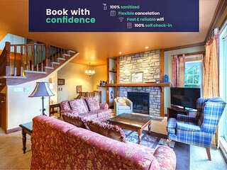 4BR Chalet-style Condo w/views of Tremblant