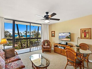 Tropical Elegance, Beautifully Updated, Ocean View, Closest Location to Beach