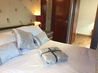 Self catering 2 bedrooms and 2 bathrooms