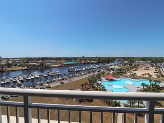 Yacht Club Villas in Barefoot Resort! Great Location and Views!