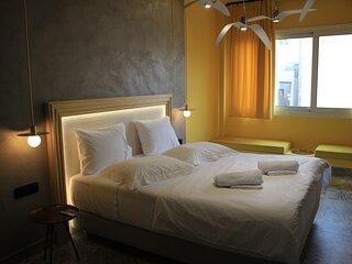 La Mouette, Athens Greece.Next to Monastiraki metro station cozy apartment.