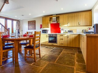 Granary, Bidford-on-Avon - sleeps 4 guests  in 2 bedrooms