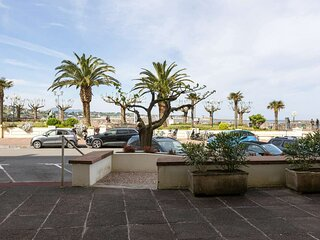 Arbelaitz-Coquet studio face a la plage avec apercu mer