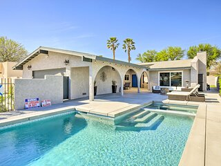 NEW! Palm Desert Retreat: Theater Room & Pool Deck