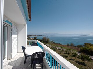 Seaside Holiday House - Krioneri Magical Retreat
