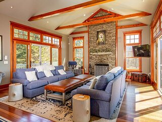 Songbird Meadows | Countryside Smart House | Home Theater & Chef's Kitchen